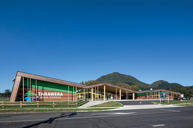 The front elevation of the school with its dramatic folding roof form is appropriate within such a beautiful setting beneath the local maunga, Putauaki.