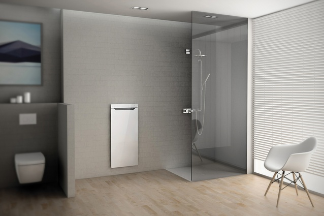 Large floor-level showers without door sills eliminate potential trip hazards.