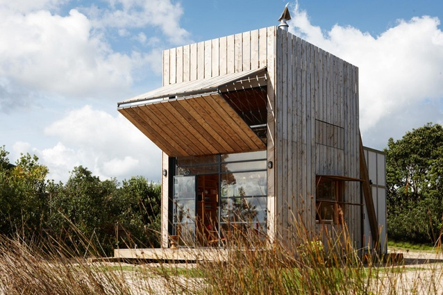Hut on Sleds by Crosson Clarke Carnachan Architects Auckland Ltd.