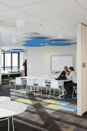 A studio space for less-formal, meeting-room-based collaboration.