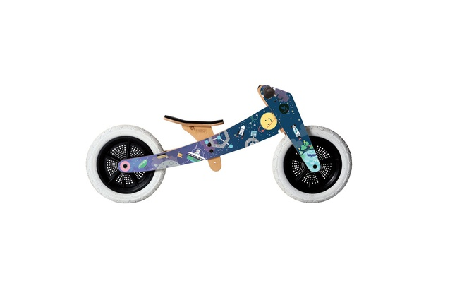 "Wishbone Space bike 3-in-1 limited edition | $319 from <a href=""https://www.shopwishbonedesign.com/products/Details.aspx?p=1571&c=83&g=all"" target=""_blank""><u>wishbonedesign.com</u></a>"