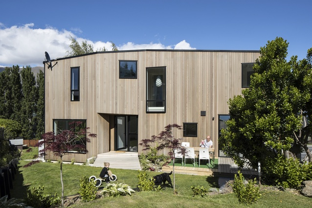 Housing Award: Beacon Point House by Assembly Architects.