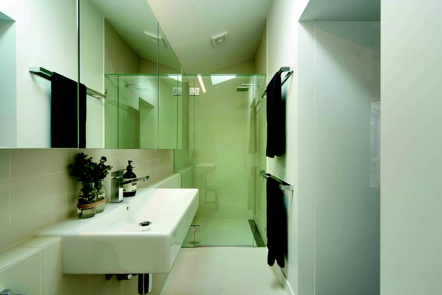 A neutral décor is carried throughout, including the bathroom and power room.