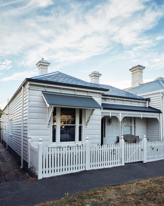The original Victorian cottage, built in the late nineteenth century, had remained largely unchanged.