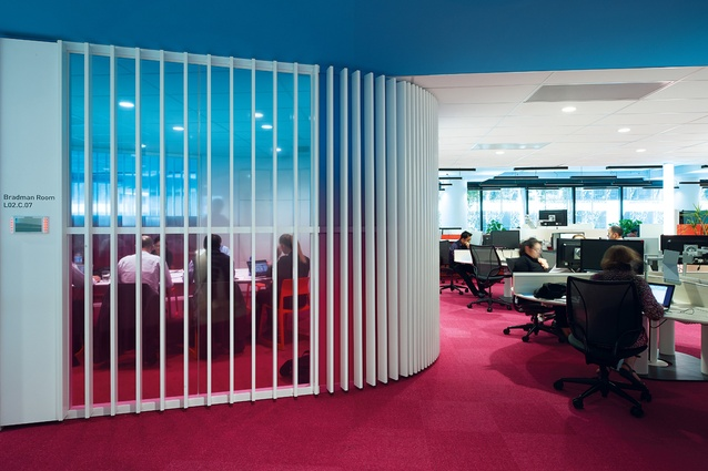 Staff can select from more than twenty-six work settings, from collaborative hubs to quiet indoor spaces.