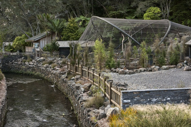 The High Country aviary is constructed from stainless steel mesh. The mesh is put under tension to create the distinctive shapes.